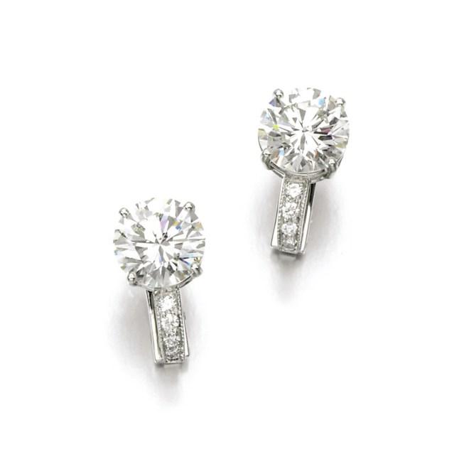 Diamond Ear Clips, (Lot 399, est. £50,000–70,000/ €70,500–98,500/ US$ 75,000-105,000)