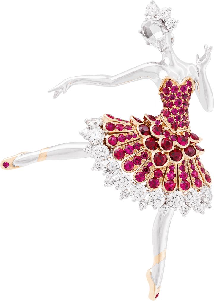 ဗန် Cleef & Arpels Ballerina ကလစ်။ ရွှေဖြူ၊ ပတ် ၀ န်းကျင်စိန်၊ နှင်းဆီပန်းစိန်တစ်ပွင့်၊ ပန်းရောင်ရွှေ၊ ပတ္တမြားများ။ ၂၀၁၅
