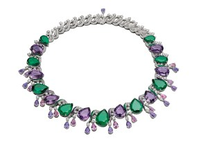 High Jewellery necklace in white gold with 9 pear shaped Zambia emeralds (64.15 ct), 22 pear shaped fancy spinels (22.10 ct), 8 pear shaped amethysts (57.85 ct), buff top emeralds (2.58 ct), amethysts (5.26 ct) and pavé diamonds (15.00 ct).