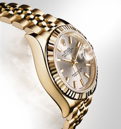 Rolex Lady-Datejust 28mm in yellow gold and Jubilee bracelet.