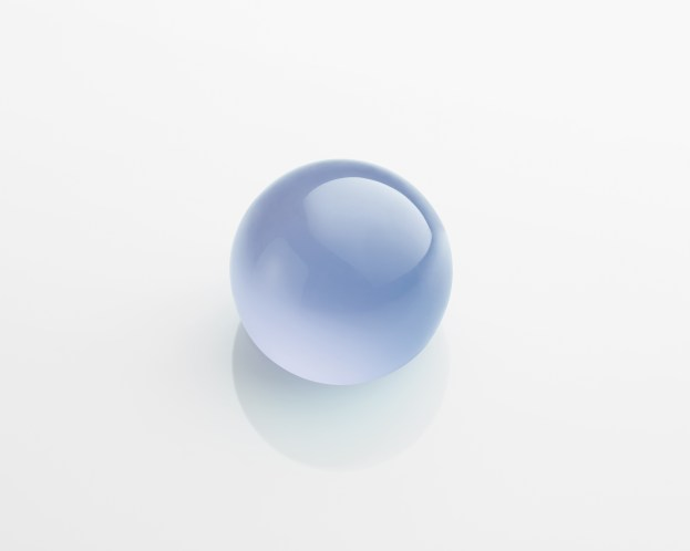 A cabochon-cut chalcedony of 23.64 carats.