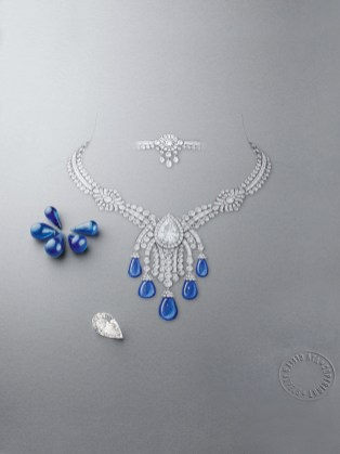Bleu Absolu Necklace. White gold, round, pear-shaped, briolette-cut and baguette-cut diamonds, one pear-shaped DIF diamonds of 14.22 carats, 5 sapphire drops for a total of 85.86 carats (Cashmere). The necklace is transformable.