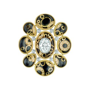 """Mystérieuse"" ring in 18K white and yellow gold set with diamonds, cultured pearls, rock crystal cabochons and black lacquer. CHANEL Joaillerie"