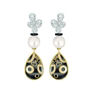 """Mystérieuse"" earrings in 18K white and yellow gold set with diamonds, cultured pearls, rock crystal cabochons and black lacquer. CHANEL Joaillerie"