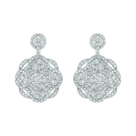 """Secrète"" earrings in 18K white gold set with 314 brilliant-cut diamonds for a total weight of 7.2 carats. CHANEL Joaillerie"