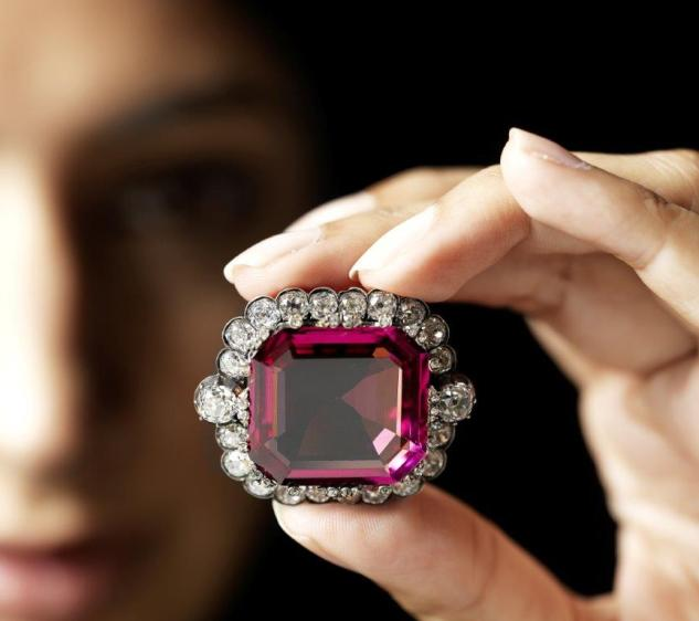 The Hope Spinel