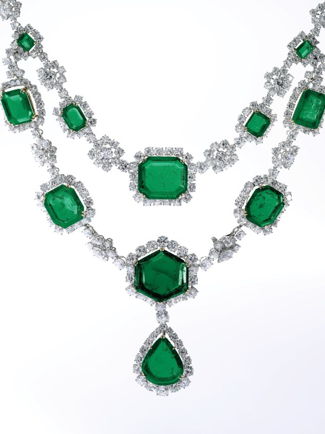 Emerald and diamond necklace, Harry Winston, 1959. From the beautiful jewellery collection of the late Dolores Sherwood Bosshard comes a magnificent emerald and diamond necklace, designed by Harry Winston in 1959. This stunning piece showcases the legendary jeweller's bold, innovative designs and superior workmanship. Estimate $2,000,000-4,000,000.