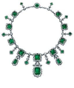 Elena di Francia, Duchess of Aosta's fabulous emerald and diamond fringe necklace (estimate: US$1,479,907-2,449,501)