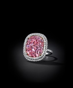 THE PINK: the largest cushion-shaped fancy vivid pink diamond at auction. Weight: 16.08 carats. Estimate: US$22,453,759 - $27,556,886)