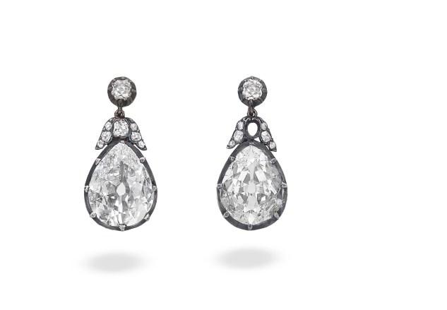 diamond pendent earrings