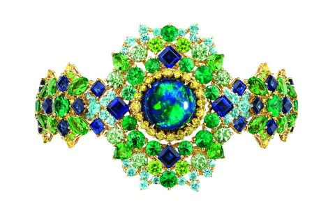 captivante-opal-high-jewellery-timepiece-2