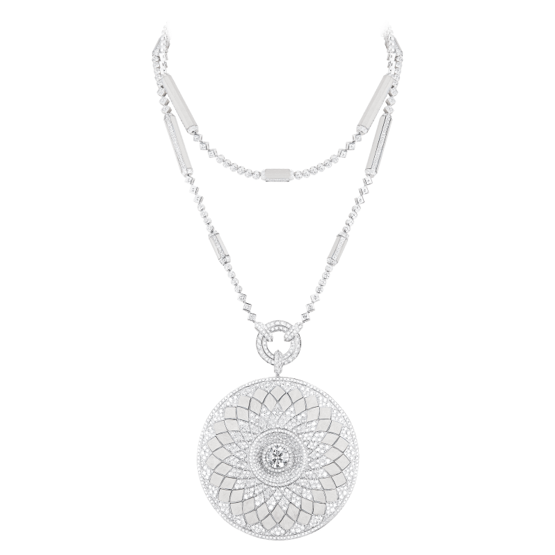 Boucheron Rostov necklace