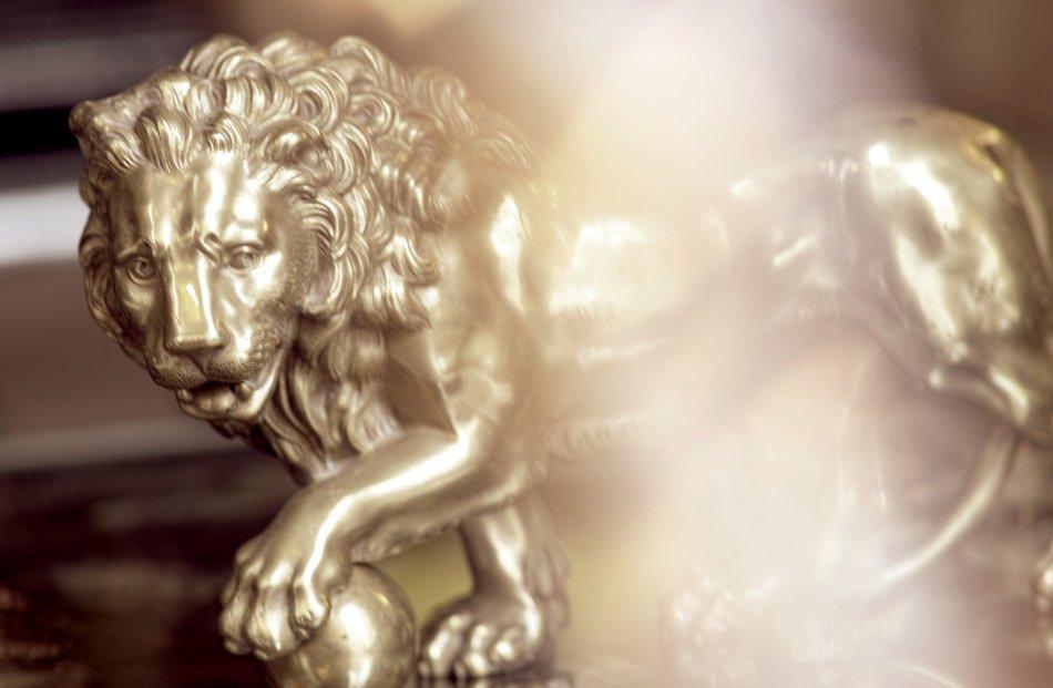 Chanel L'Esprit du Lion - Lion at Gabrielle Chanel's apartment
