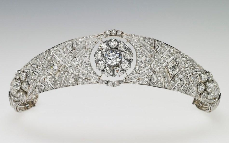 Queen Mary bandeau tiara, 1932.
