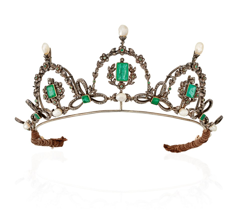 Lot 62_Late_19th_century_emerald_and_diamond_tiara_necklace