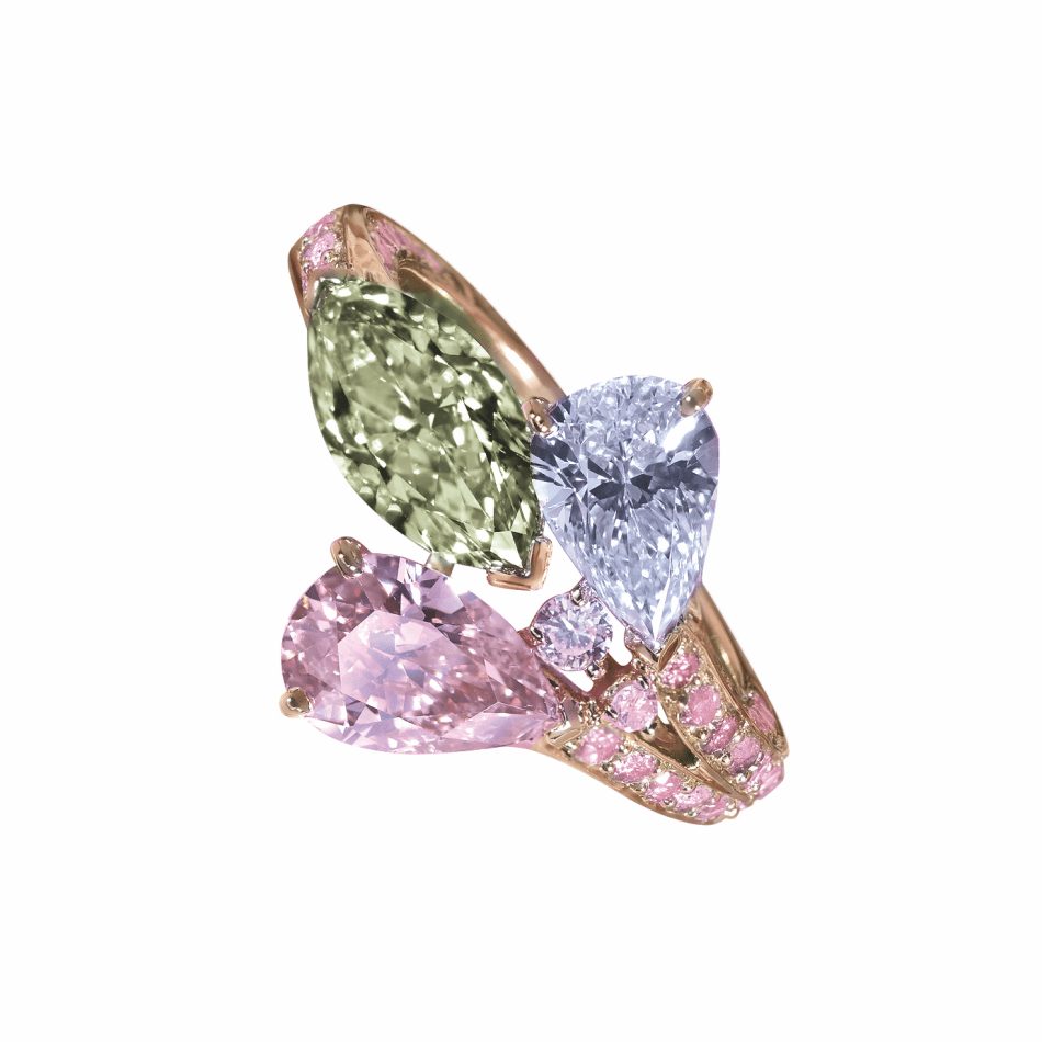 Moussaieff - Rose gold ring with Natural Fancy Yellow-Green diamond (1.21cts), Fancy Blue (1.01cts) and Fancy Intense pink diamonds (0.92cts)