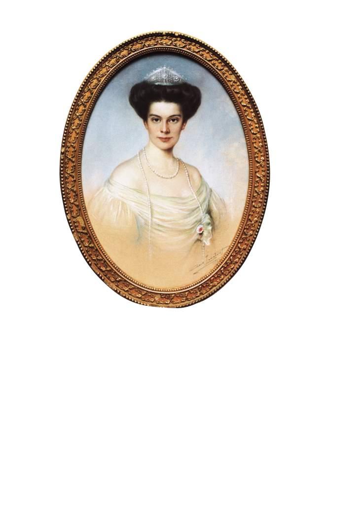 Duchess Cecilie သည်Fabergé tiara ကိုဝတ်ဆင်ထားသည်