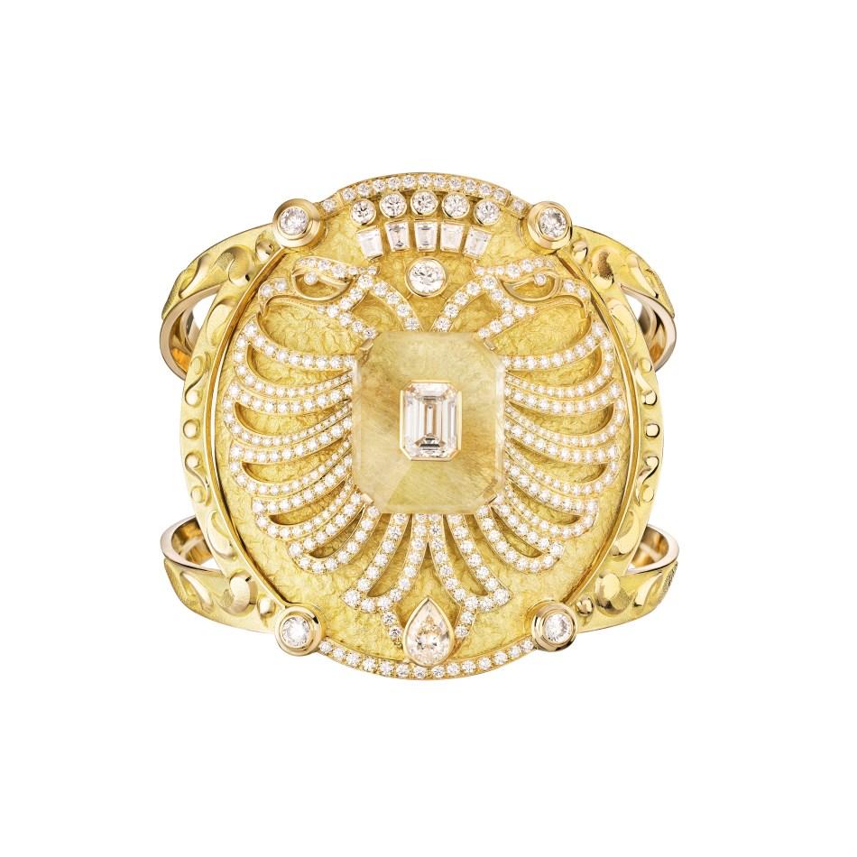 Le Paris Russe de Chanel. Aigle Cambon Cuff