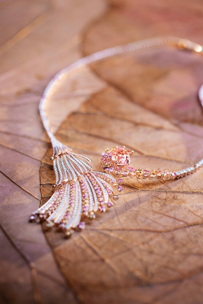 Gübelin Blushing Wing Necklace