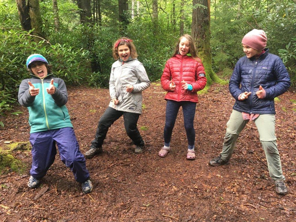 Outdoor Education: Kids in woods