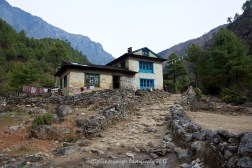 Between Phakding and Monjo as we head up the Khumbu Valley