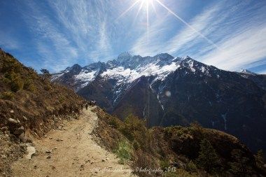 Another stunning view as we continue up the trail between Namche Bazaar and Tengboche.