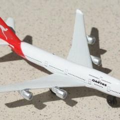 Airplane-Qantas