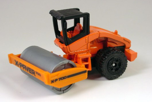 mb800-01 Road Roller