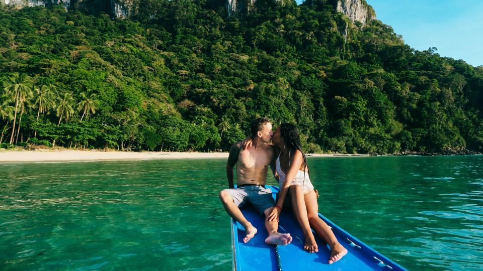 Travel Couple Hacks