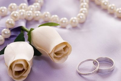 weddingroses and rings