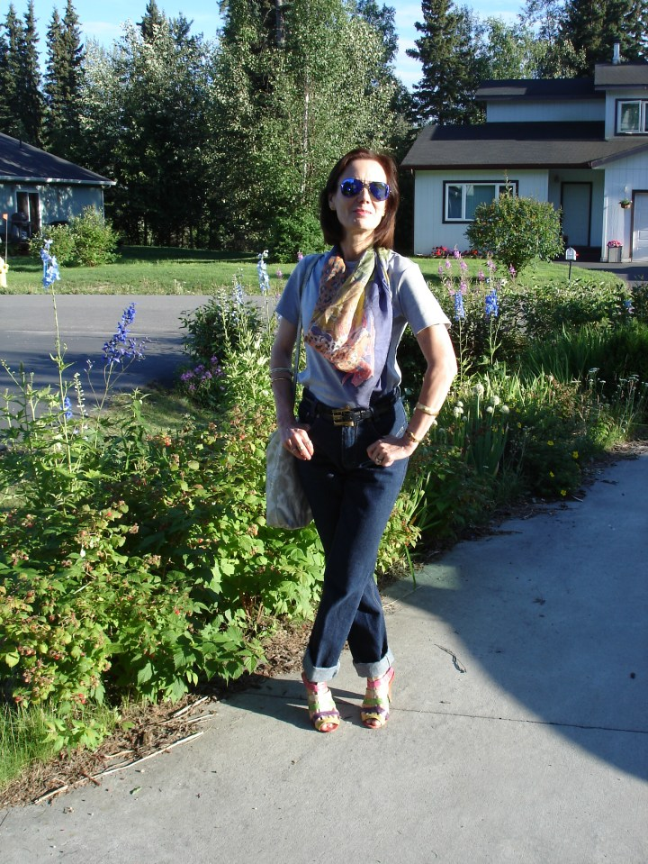 #styleover50 cute up-dress of jeans and tee for a BBQ in the park