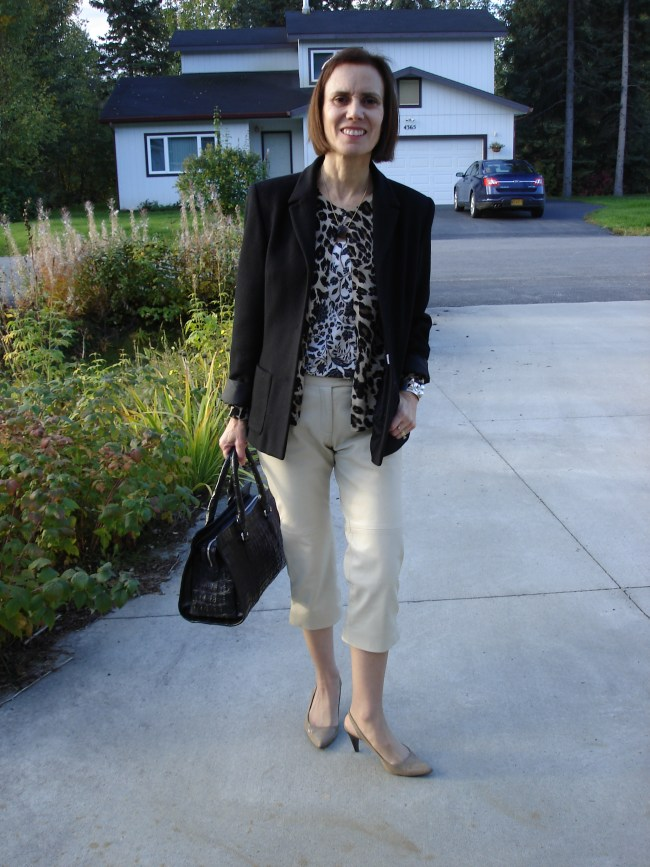 fashion blogger over40 in fall work look with capri, cardigan and blazer