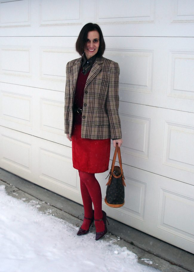Fashion blogger repeating the skirt with a plaid blazer shirt sweater
