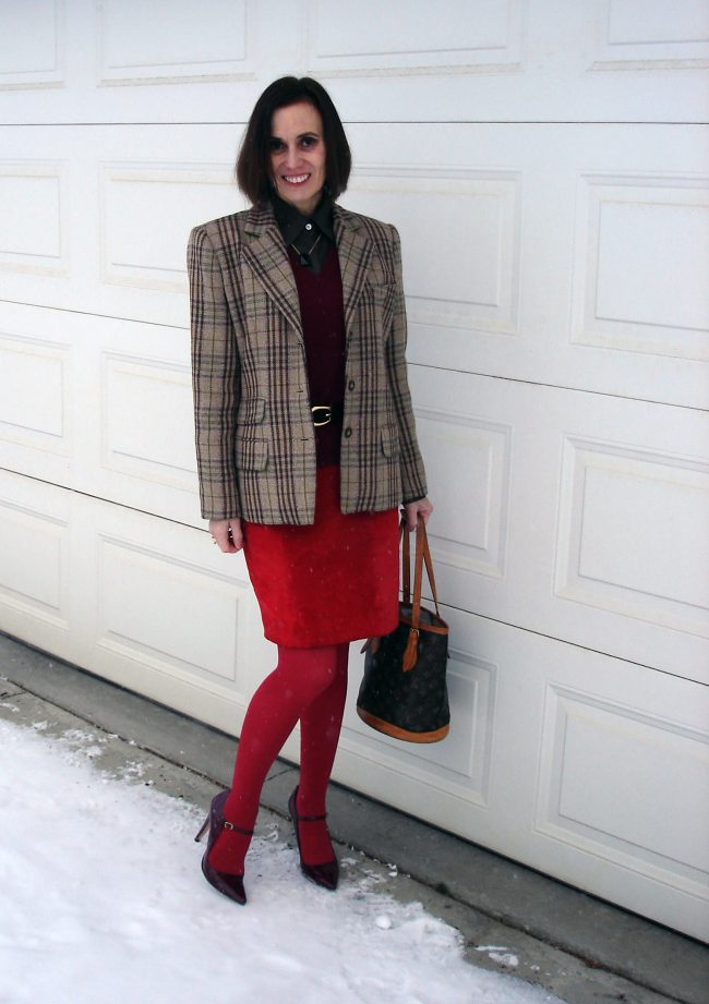 over 50 years old influencer in plaid blazer business casual work outfit