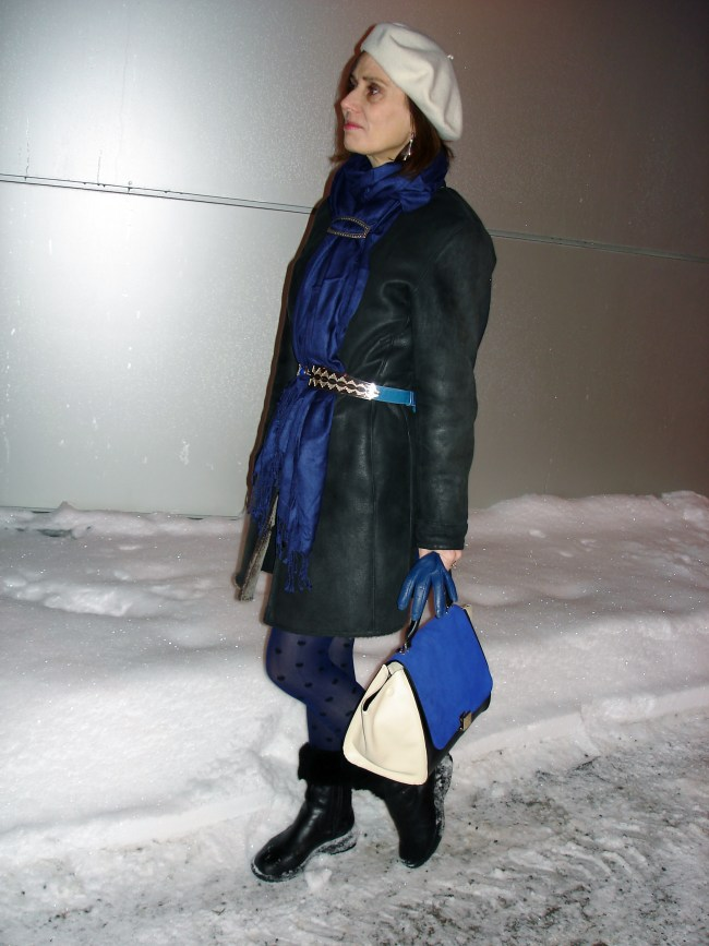 Winter look in blue white and black