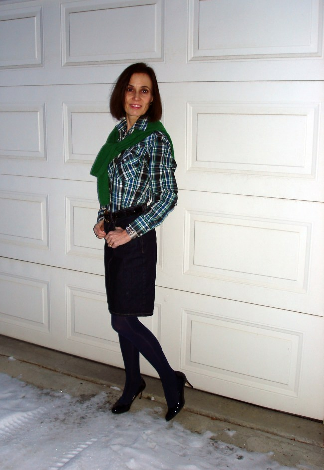 #styleover40 midlife woman in plaid shirt with denim skirt