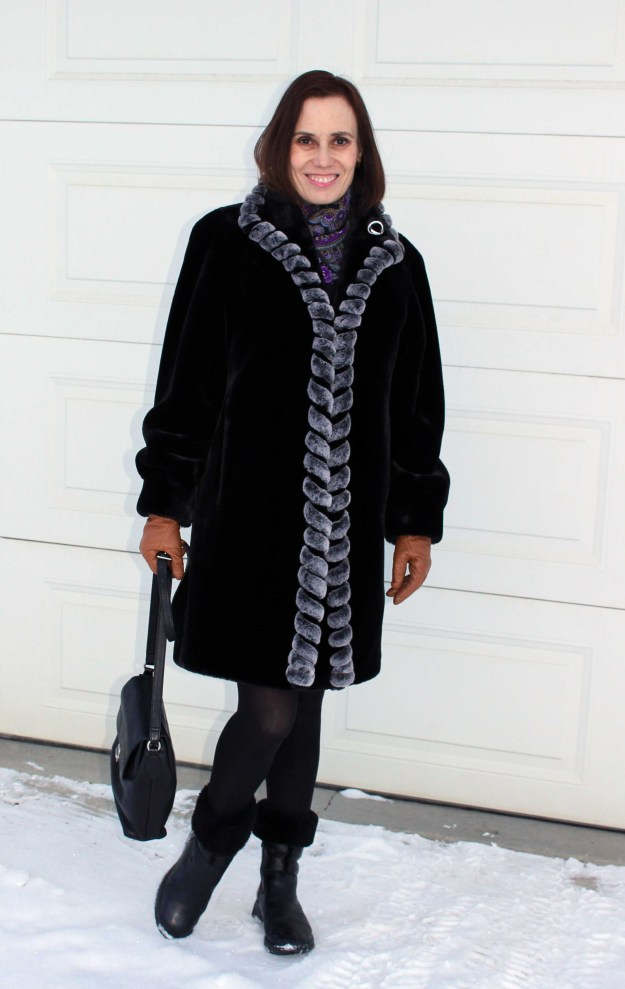fashionover40 Mature fashion blogger in faux fur coat, shearling boots, gloves and scarf