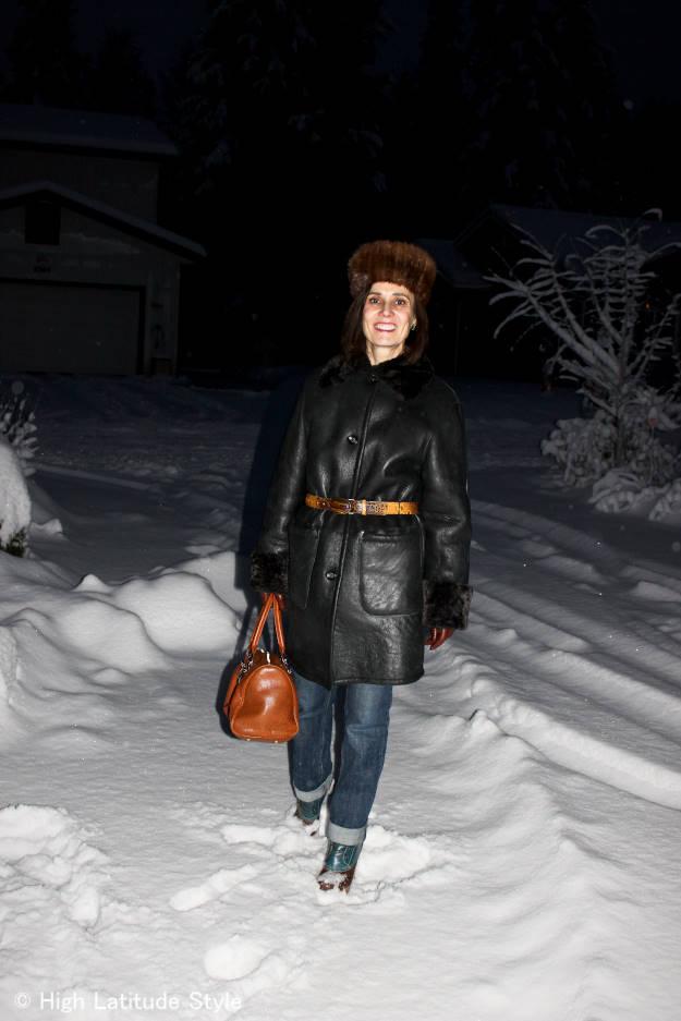 #fashionover40 #fashionover50 Shearling coat with hat