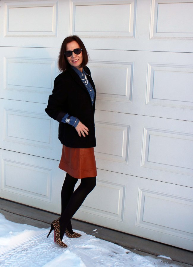 midlife fashionista in business casual winter work outfit