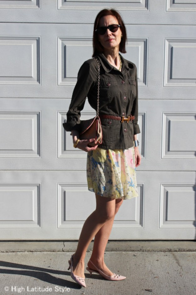 style blogger in a pastel skirt with Chanel bag