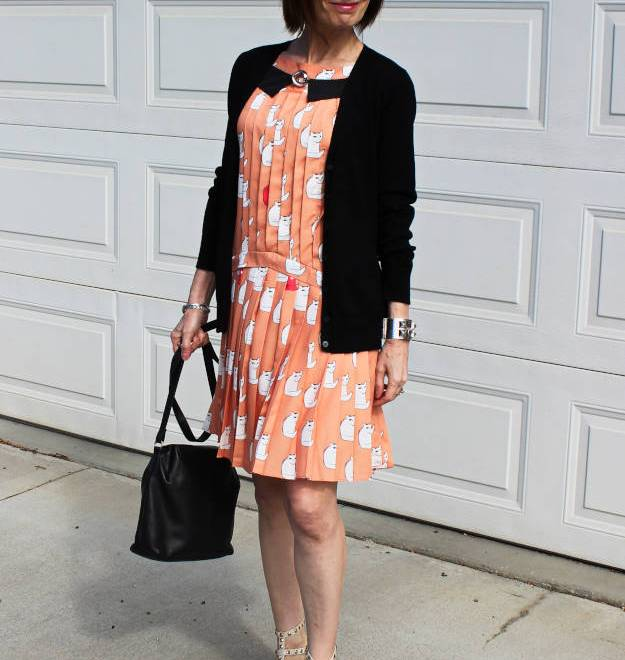 #over40 Cat Dress | High Latitude Style | http://www.highlatitudestyle.com