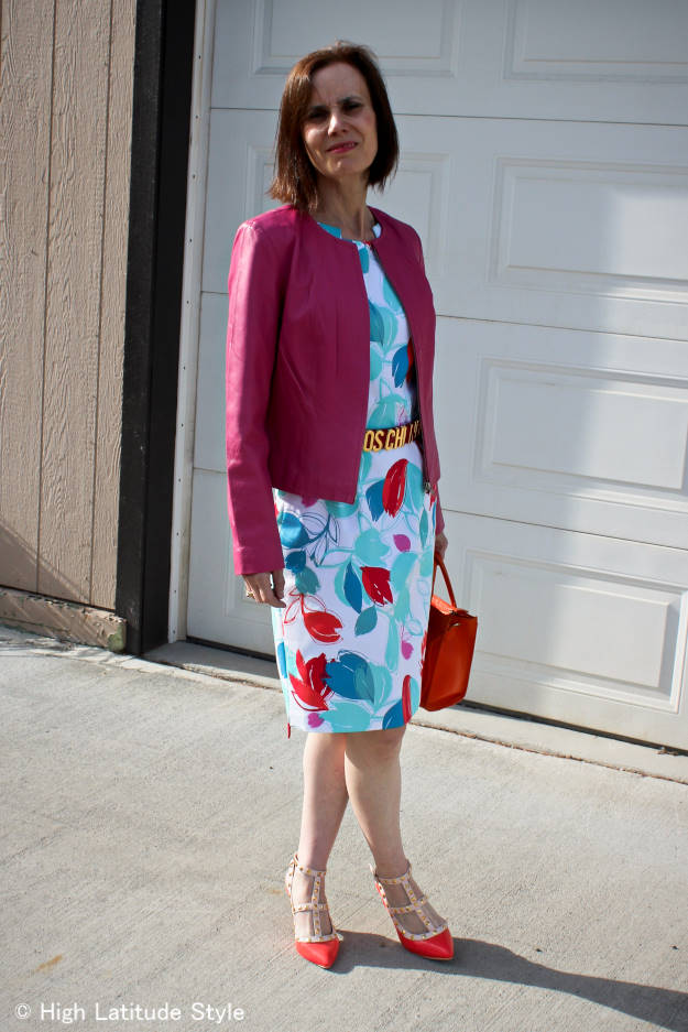 #fashionover50 summer work outfit with abstract print sheath and belt