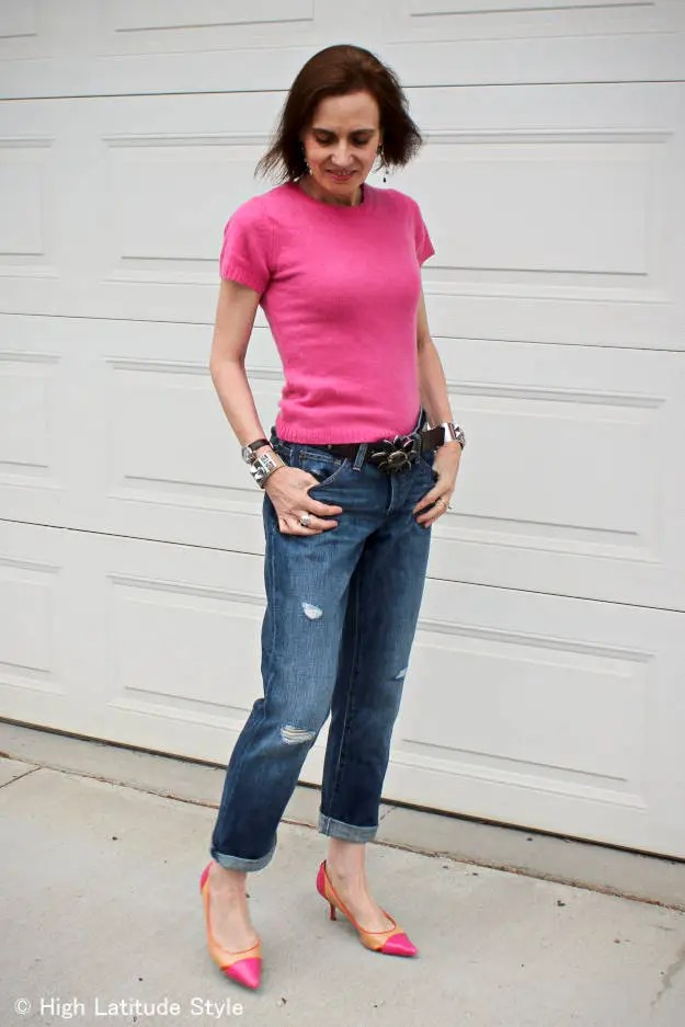 #fashionover40 over 50 years old style blogger in a ripped boyfriend jeans outfit with pointy toe pumps
