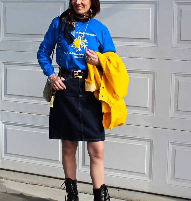 #over40 #over50 outfit with skirt for sightseeing on a rainy day | High Latitude Style | http://www.highlatitudestyle.com