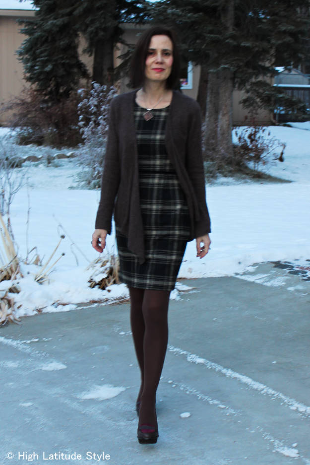 classic winter outfit fulfilling a business casual dress code ‎expectations