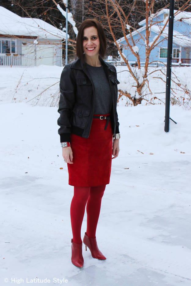 #chicover40 Alaskan mature style blogger in casual winter office outfit