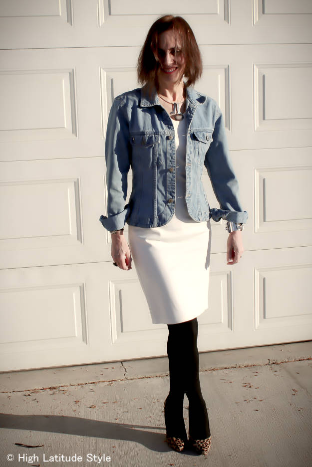 #over40style layered outfit to stay warm around vernal equinox