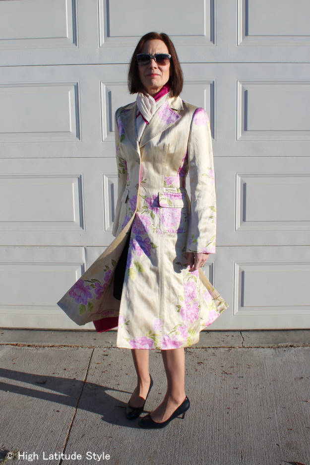 mature style blogger in a thrifted spring floral print silk coat