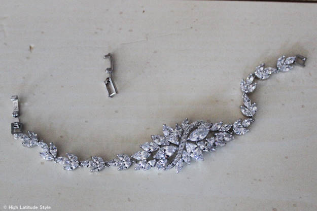 Zoom-in on Rita Hayworth bracelet c/o HSN and the taken out link that allows size adjustment