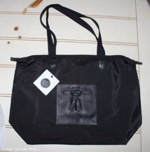 Jill.E tablet tote is perfect for travel with kids – review